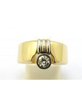 Pierścionek złoty z brylantem 0.45ct. I/SI masa 6.950g. 585 z certyfikatem.