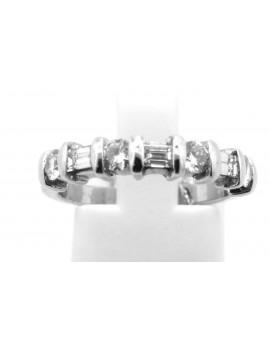 Pierścionek z białego złota z diamentami bagiet 0.80ct.H/VS bd-bd masa 3.570g.585 z certyfikatem